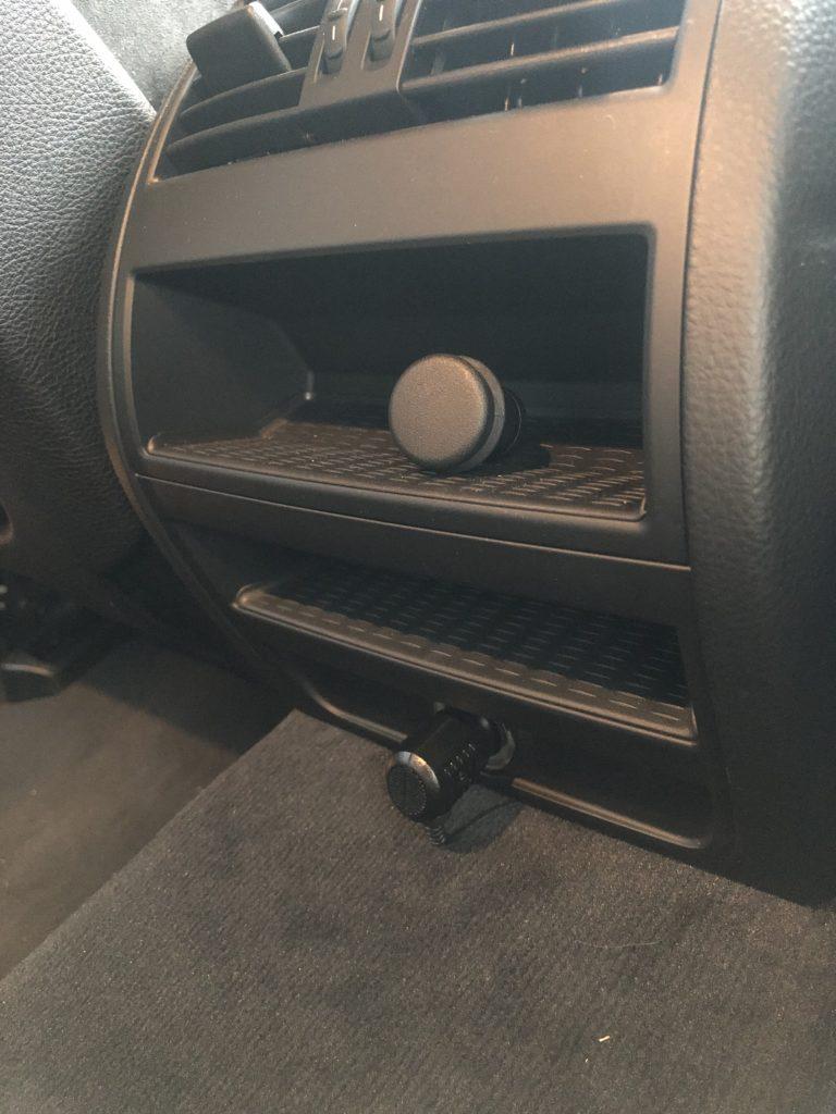 BMW 523d 後部座席 シガーソケット ドライブレコーダー 配線 キレイ