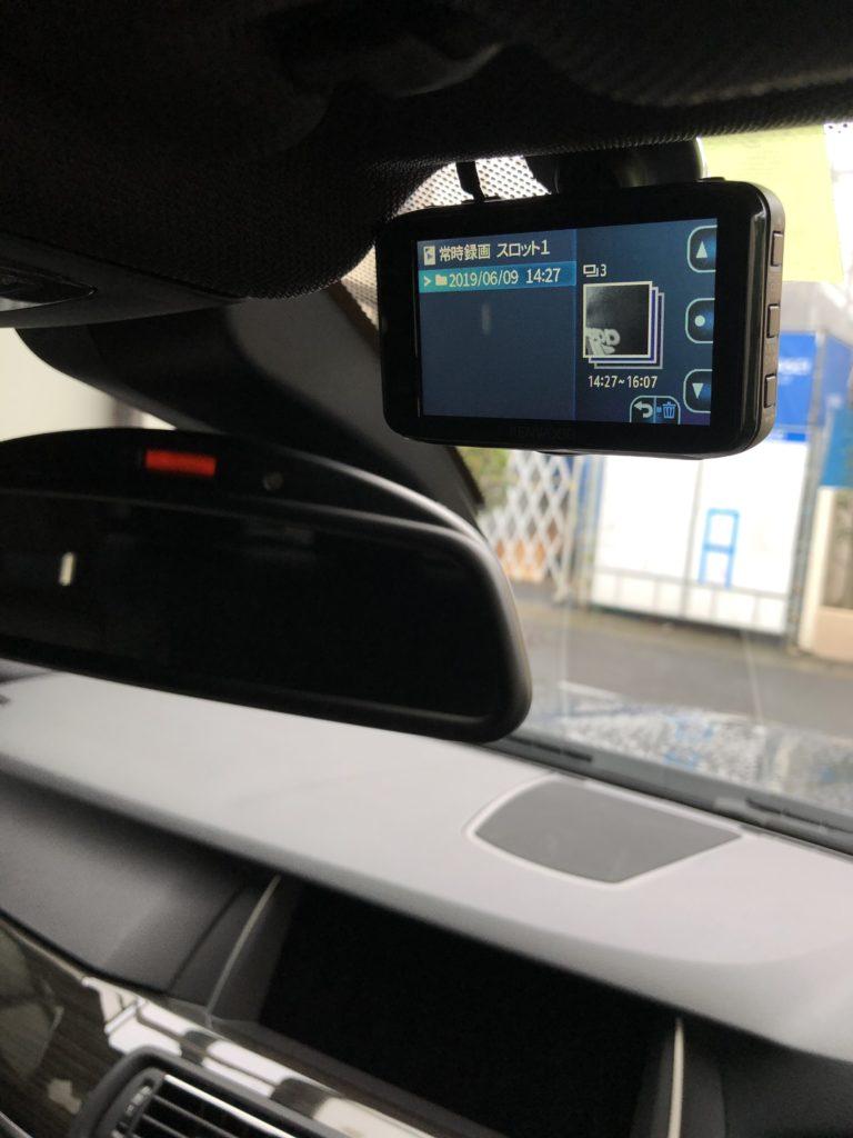 BMW 523d F10 ドライブレコーダー 運転席側 取り付け完了