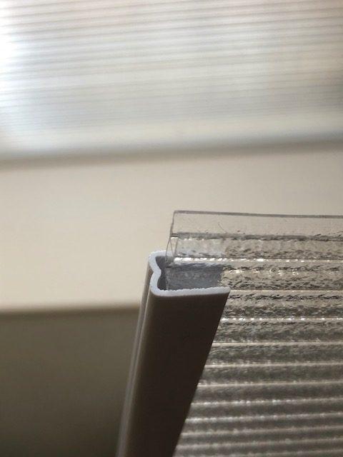 カブセ 窓 二重窓 ポリカ板 少し短く 干渉 ぶつかる